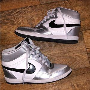 Nice Nike force🌴❤️🌴❤️🌴❤️🌴